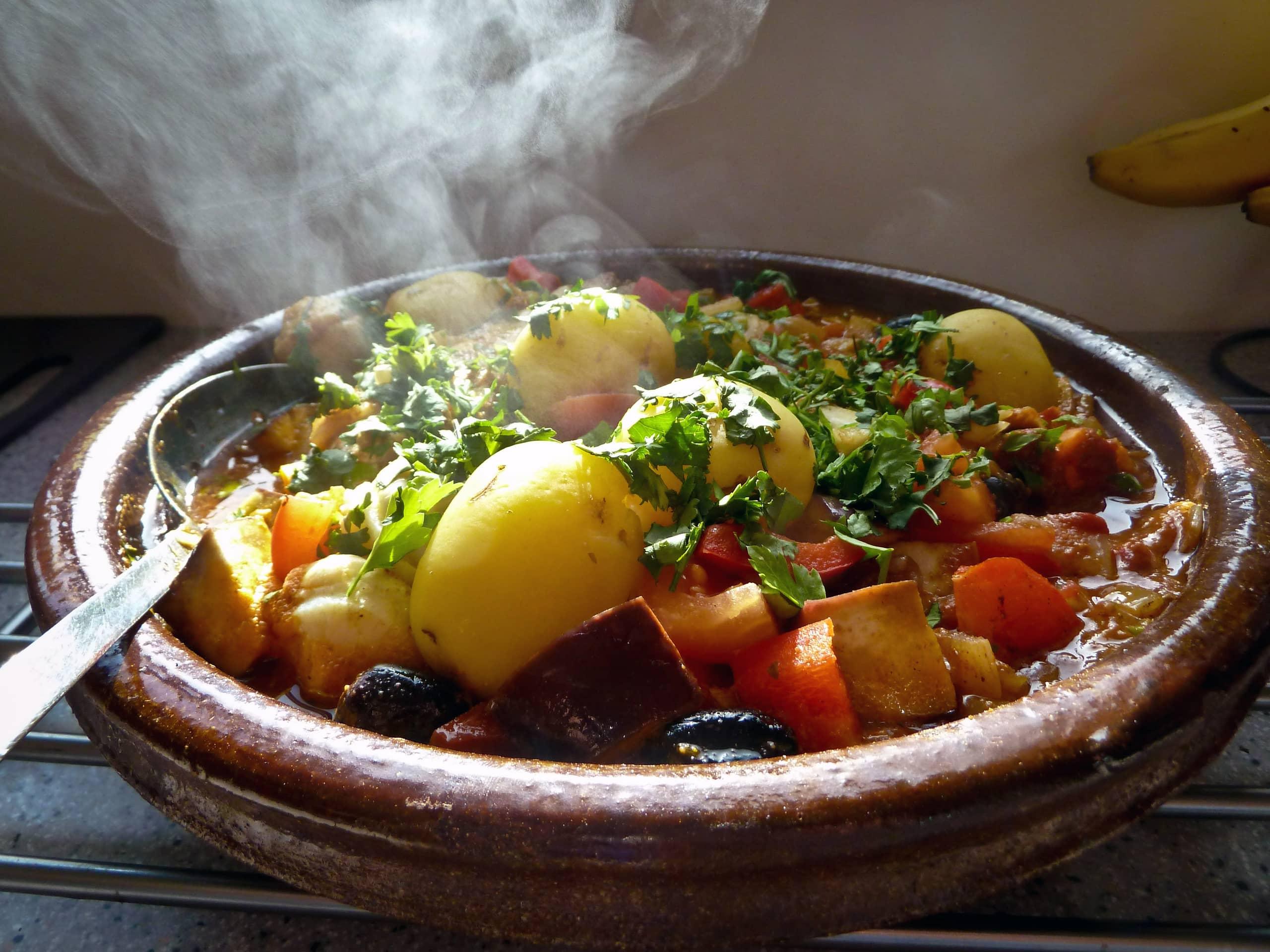 Как можно приготовить картошку запеченную в духовке